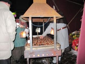 Weihnachtsmarkt Lüneburg - Geröstete Maronen